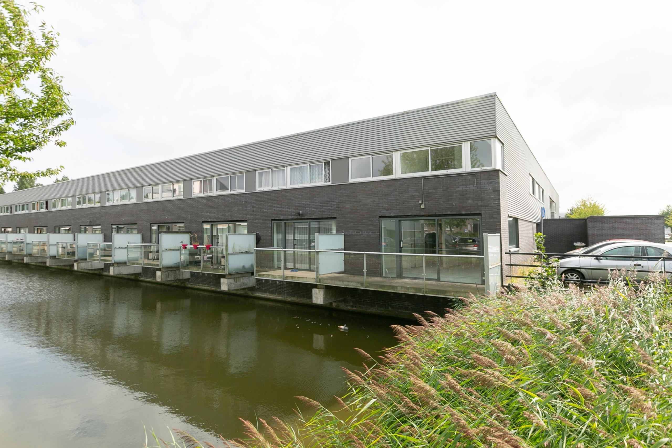 Bekijk de foto van: Mieogvaart 1, 2497 WX in Den haag - The Hague Real Estate Services